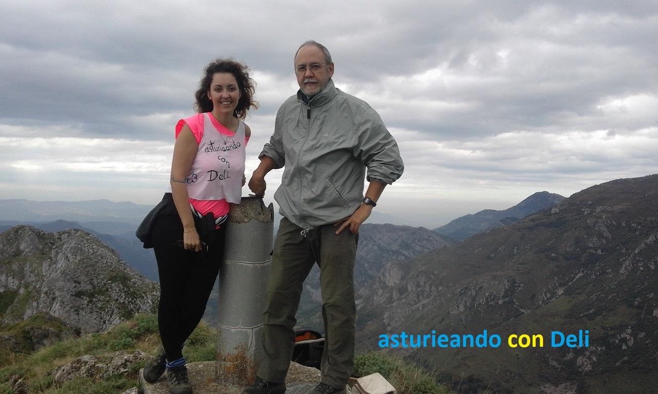 En la cumbre del Picu La Hoya